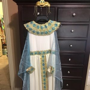 Girls Cleopatra Costume. New Condition